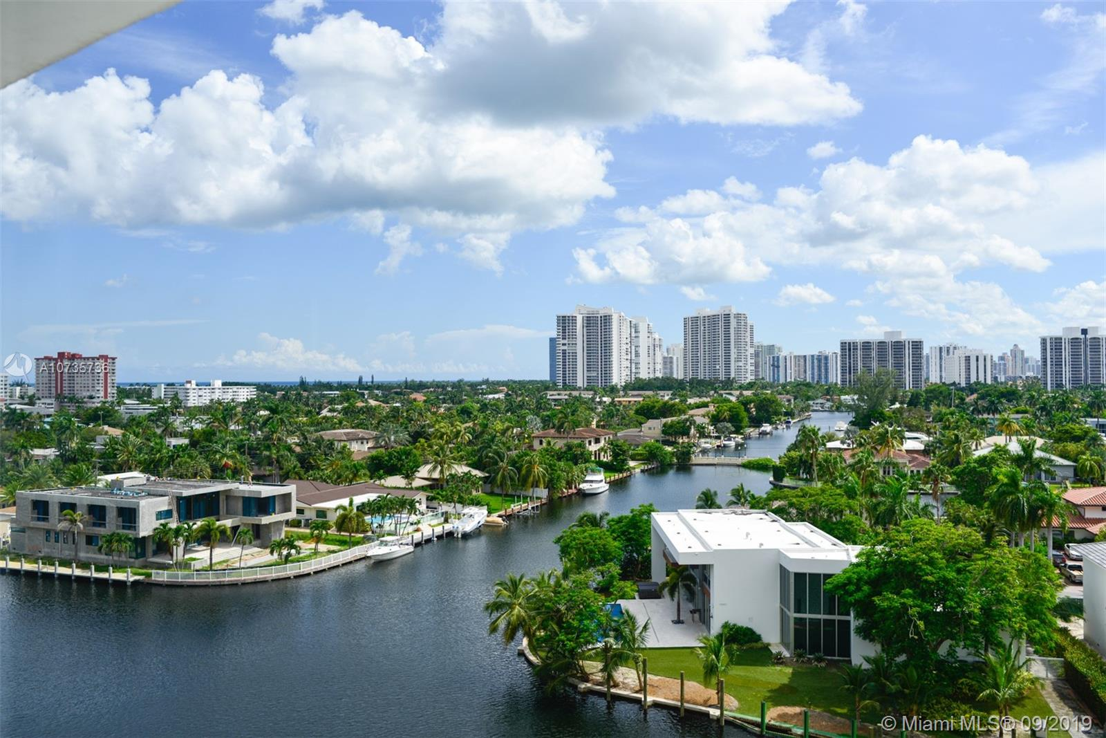 401  Golden Isles Dr #904 For Sale A10735736, FL
