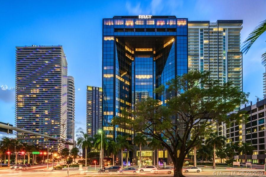 """GREAT OPORTUNITY"" TO OWNED THIS LUXURY OFFICE ON THE HEARD OF BRICKELL 1540 SF OF REALLY NICE PROFESSIONAL LOOKING PLACE ON THIS MODERN BUILDING IN ONE OF THE MOST DESIRED AREAS ON BRICKELL THIS PROPERTY IS ALSO FOR LEASE CALL LISTING AGENT"
