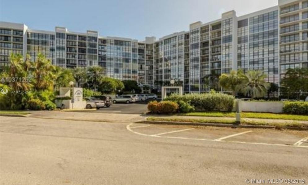 1000  Parkview Dr #414 For Sale A10736262, FL