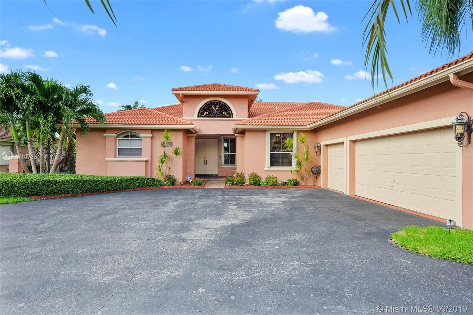 16450 SW 84th Pl  For Sale A10736114, FL