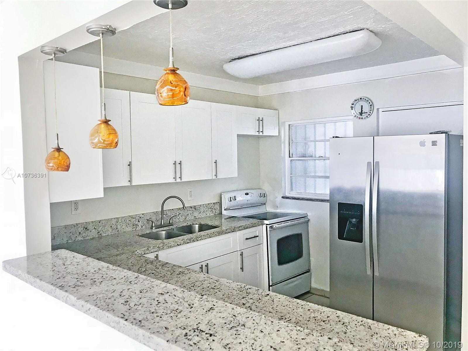 1331  Lincoln Rd #405 For Sale A10736391, FL