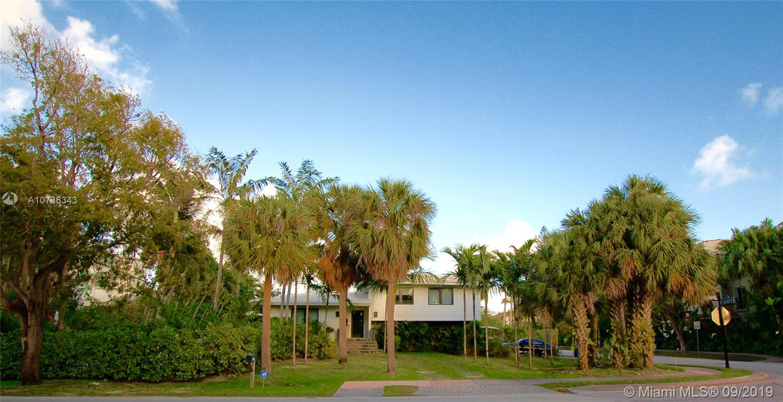375  Harbor Dr  For Sale A10736343, FL
