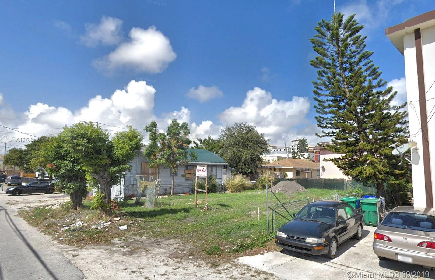 2131 SW 4th St  For Sale A10736524, FL