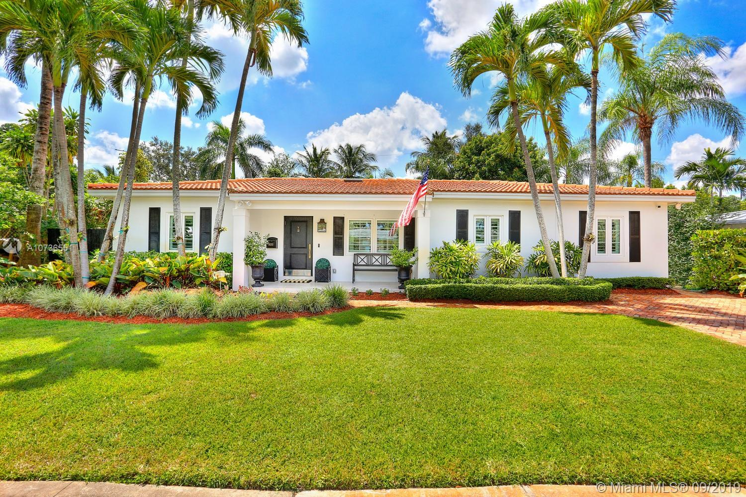 8020 S W 62nd Pl  For Sale A10736551, FL