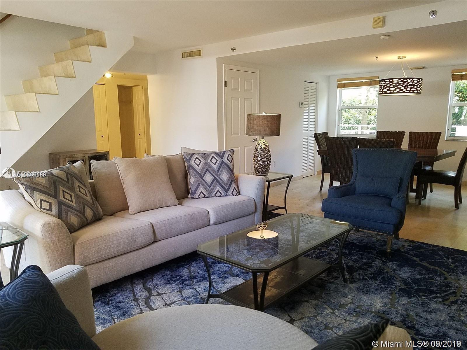 1005  8th St #204 For Sale A10736699, FL