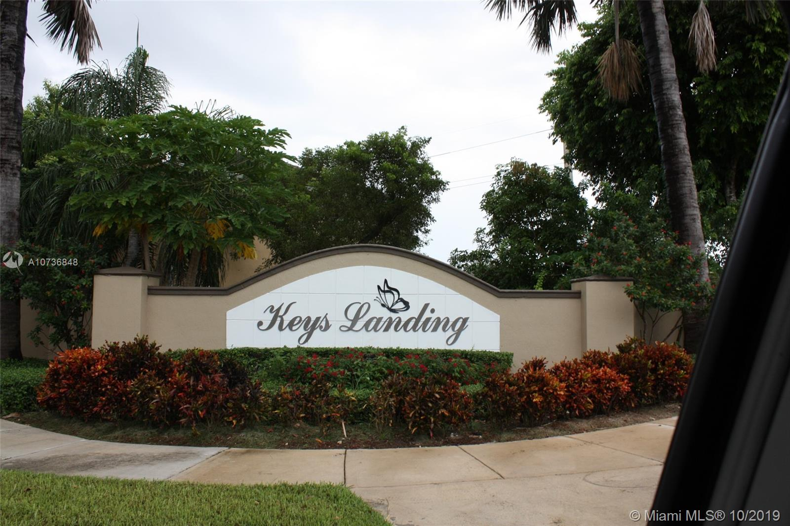 BEAUTIFUL RENTAL IN KEYS LANDING. 4 BEDROOMS 2 1/2 BATHROOMS AND 2 CAR GARAGE. TILE IN THE WHOLE HOUSE, EXCELLENT FLOOR PLAN. GRAT FOR BIG FAMILY. CLOSE TO SHOPPING CENTERS GREAT SCHOOLS . RENT WILL INCLUDED AT&T UVERSE 200. INTERNET, ALARM SYSTEM RIGTH TO USED 8 TENNIS COURTS AND RACKETBALL COURTS ALSO 24 HRS GATED COMMUNITY. VERY SAFE. THE APPLIENCES WILL BE UPGRADED.