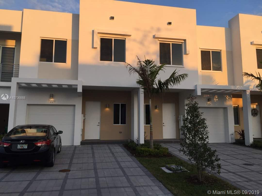 7229 NW 102nd Pl  For Sale A10736888, FL