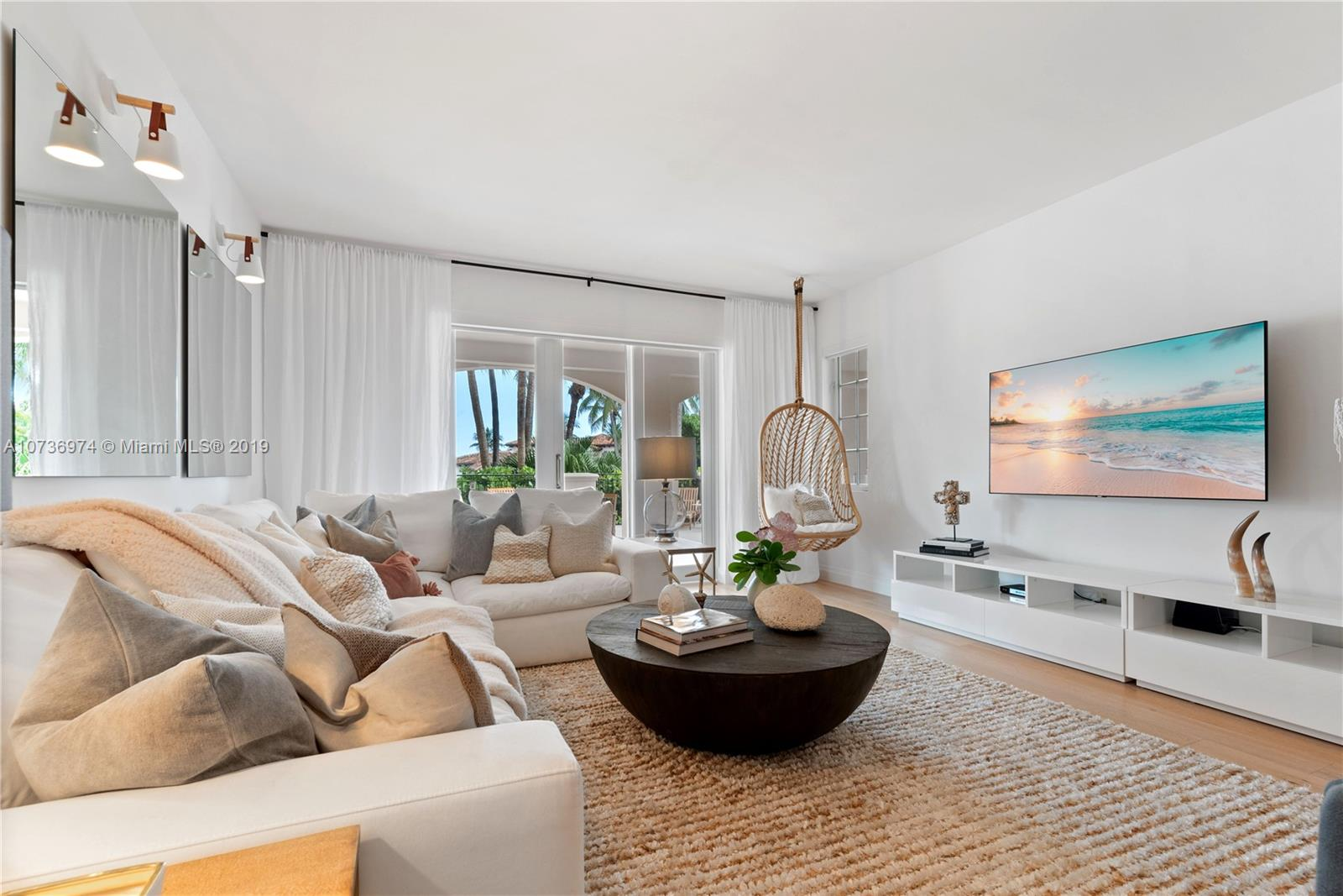 19216  Fisher Island Dr #19216 For Sale A10736974, FL