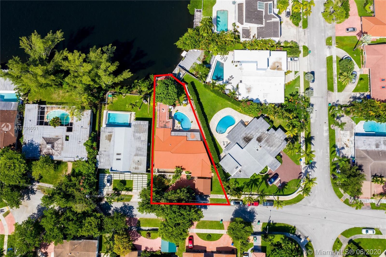 19630 N E 23rd Ave  For Sale A10736001, FL