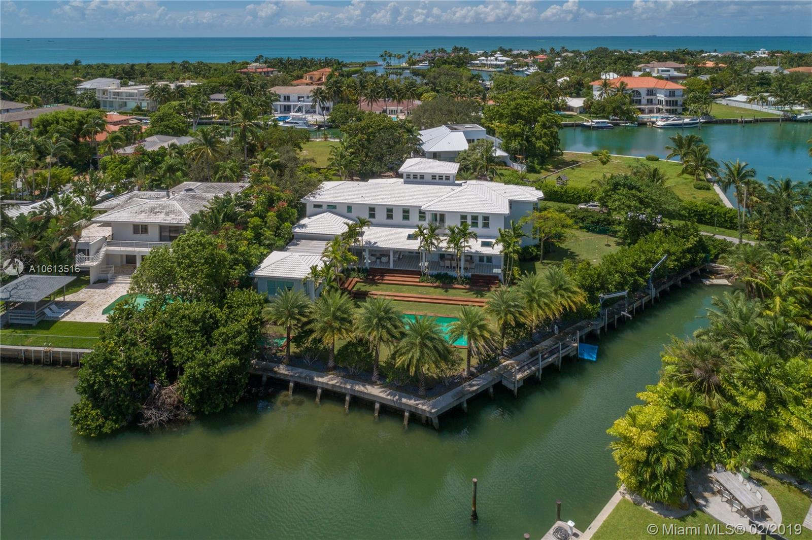 925  MARINER DRIVE  For Sale A10613516, FL