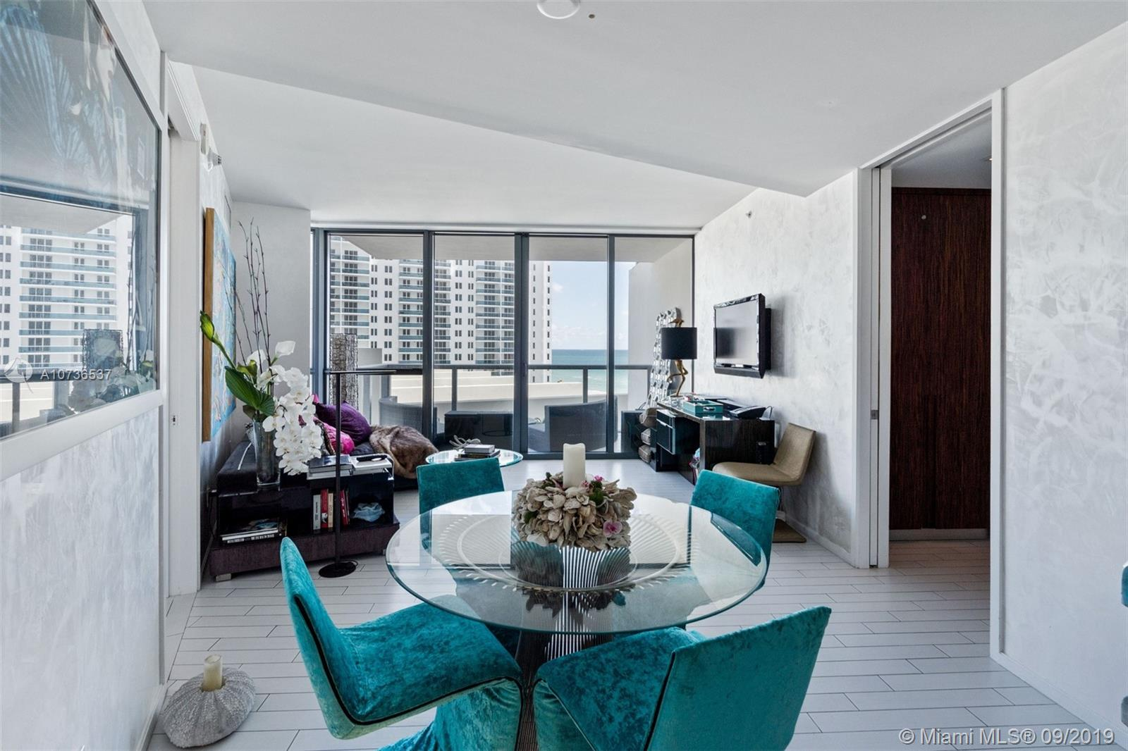 2201  Collins Ave #811 For Sale A10736537, FL