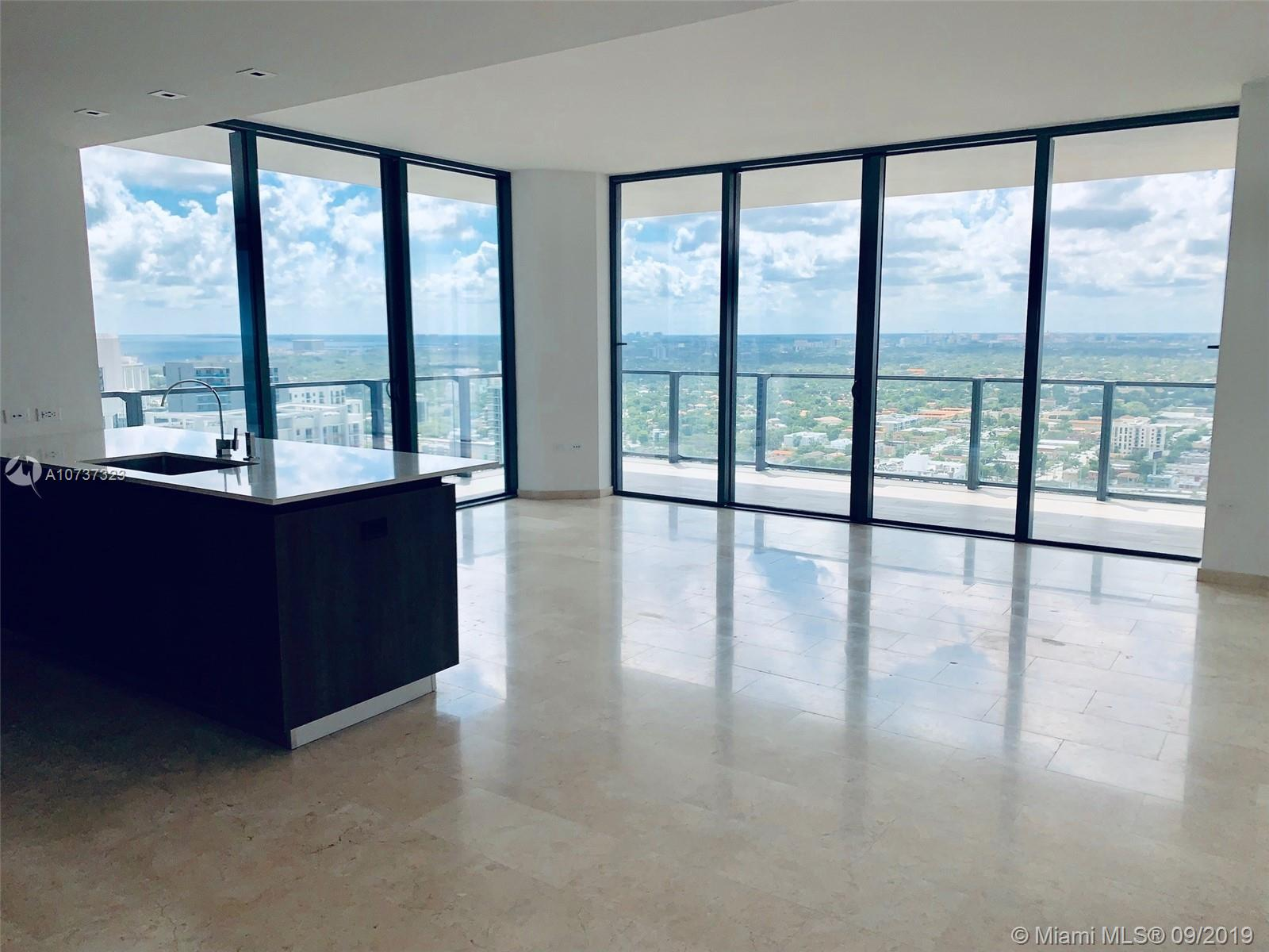 88 SW 7 ST #2602 For Sale A10737323, FL