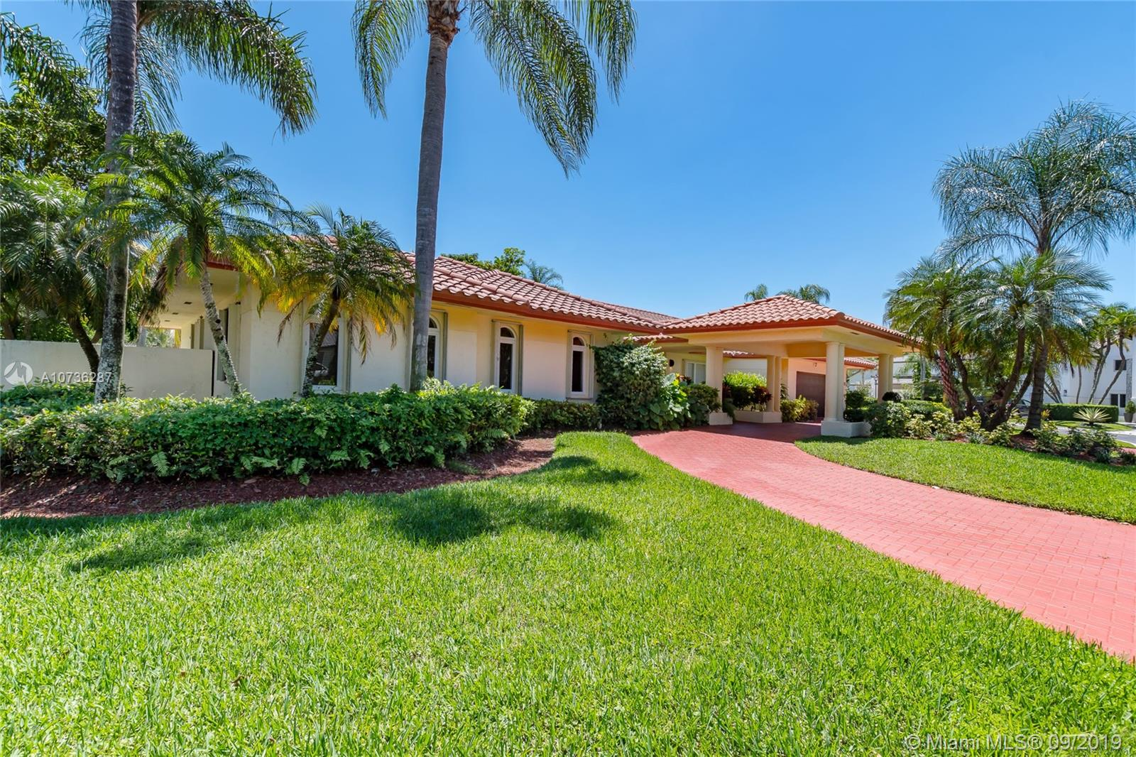 5273 NW 94th Doral Pl  For Sale A10736287, FL