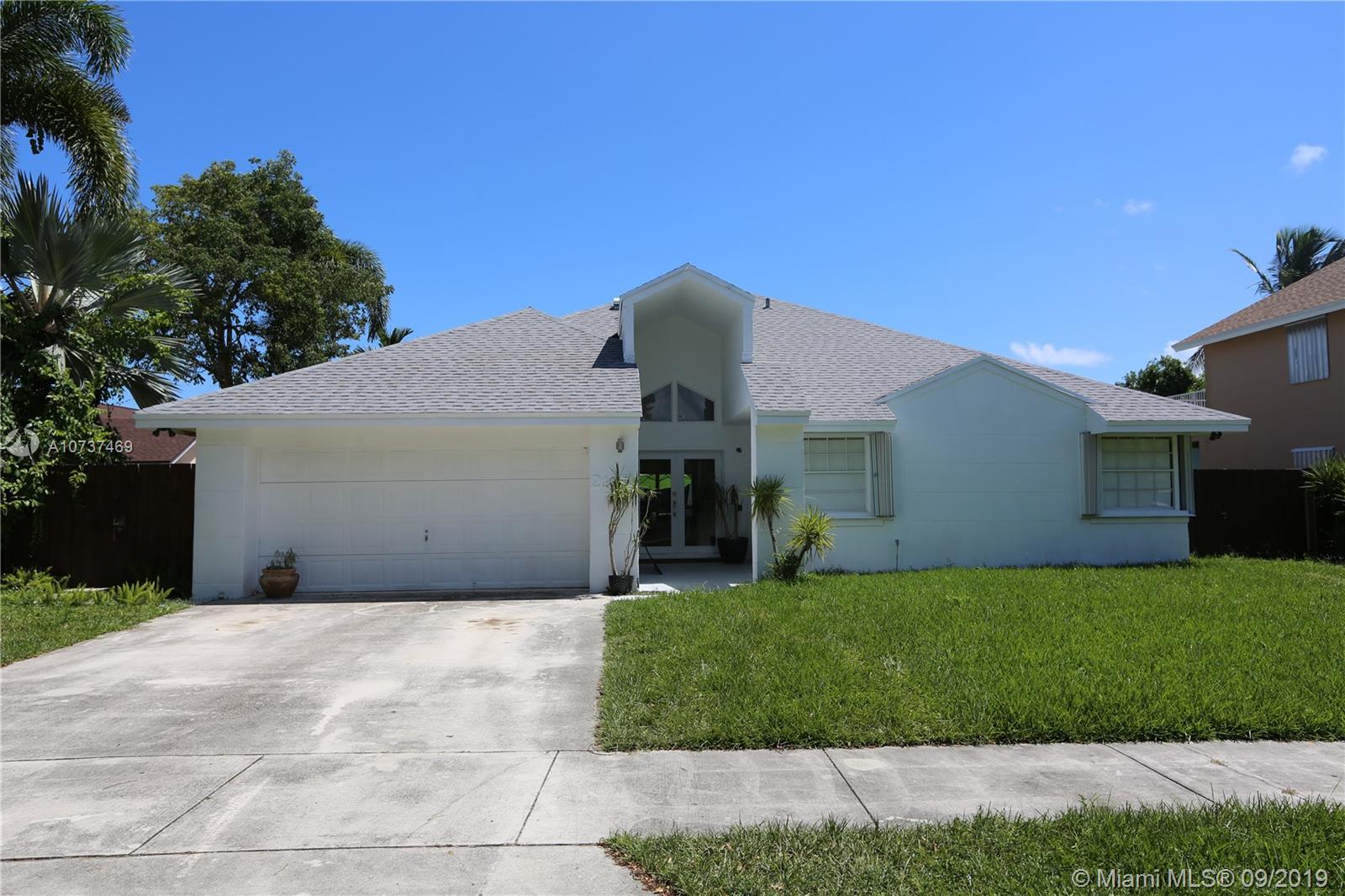 21831 SW 98th Ave, Cutler Bay, FL 33190