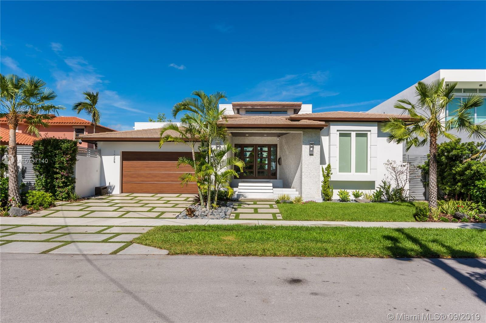 Undisclosed For Sale A10737140, FL