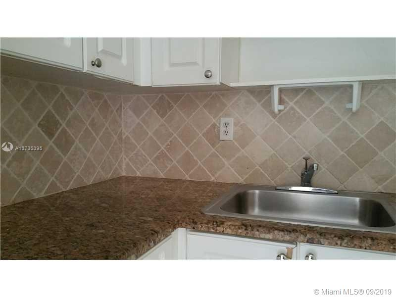 1725 W 60th St #F211 For Sale A10736095, FL