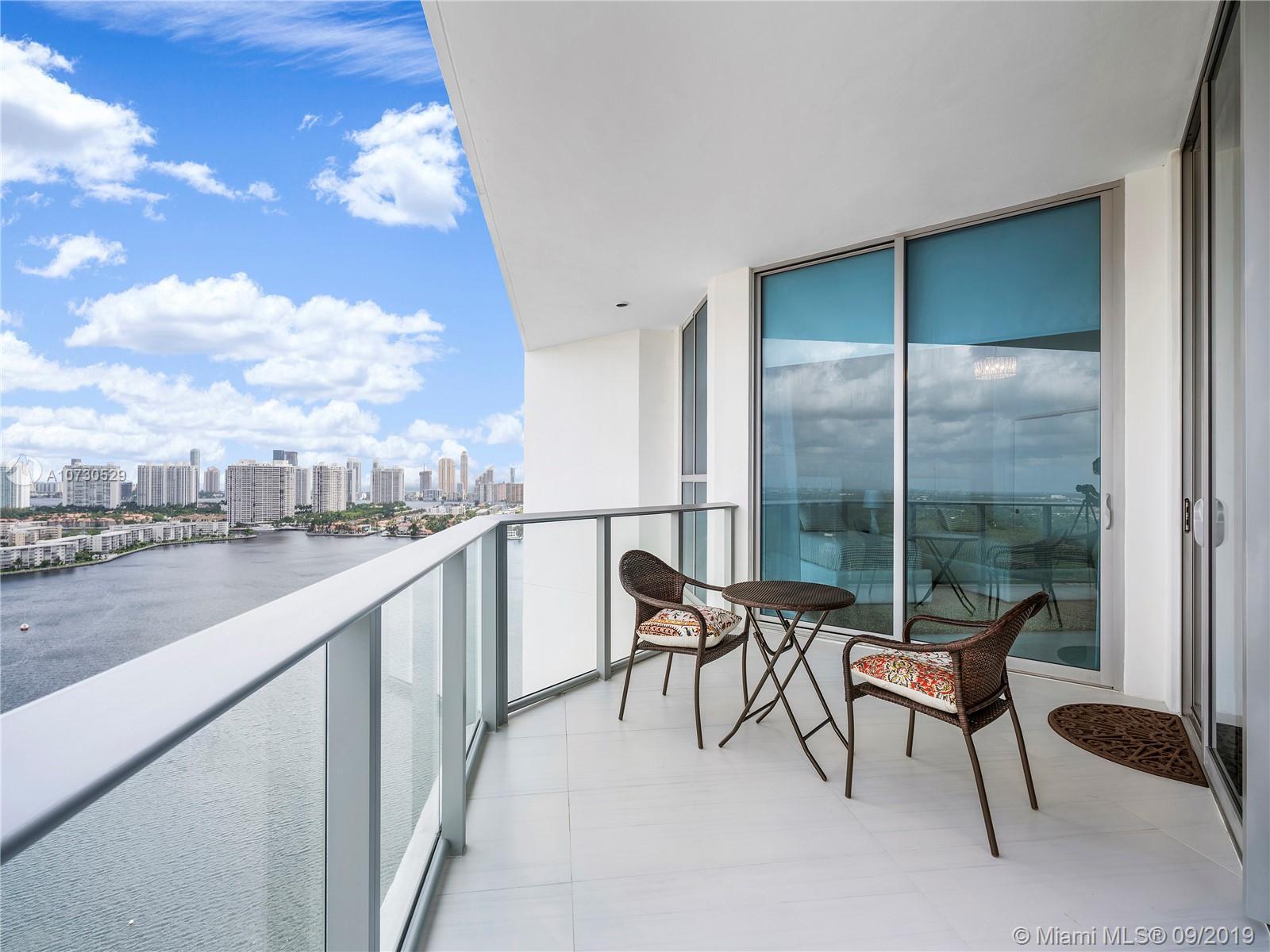 17111 Biscayne Blvd LPH7, North Miami Beach, FL 33179