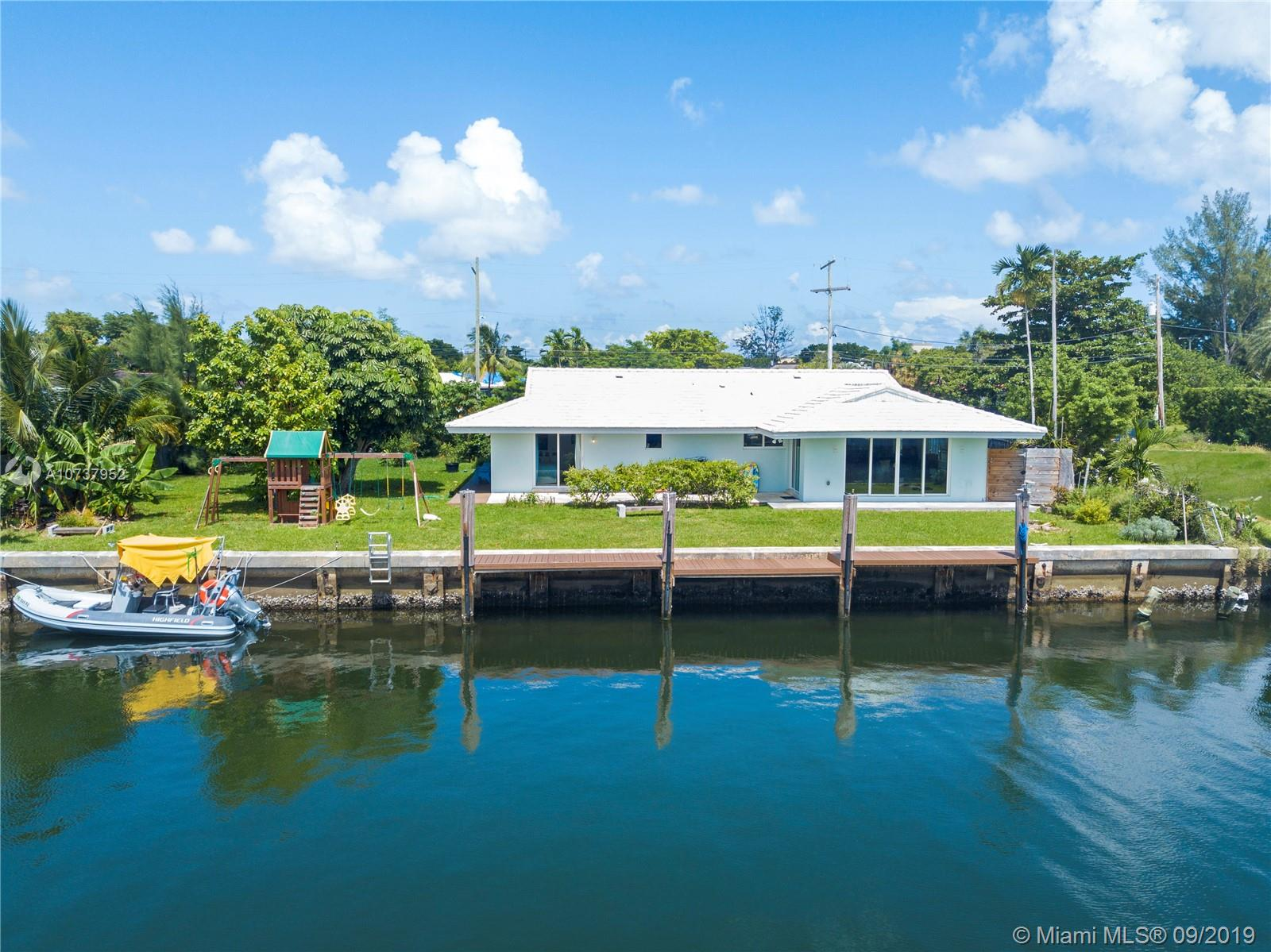 2152 NE 122nd Rd  For Sale A10737952, FL