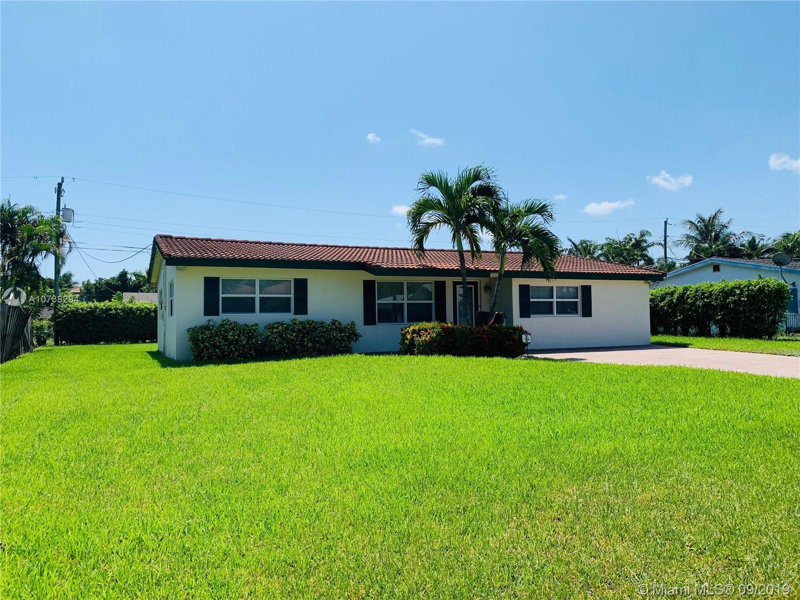 148 NW 8th St  For Sale A10738294, FL