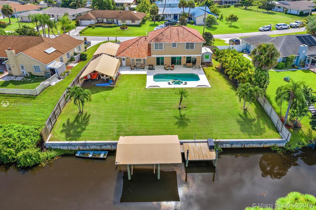 121 NE Naranja Ave, Port St. Lucie, FL 34983
