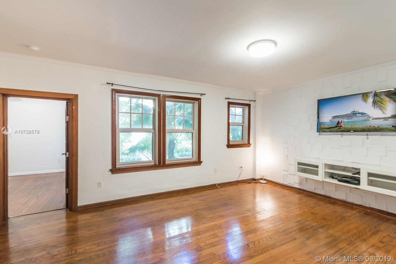 536  14th St #110 For Sale A10738578, FL