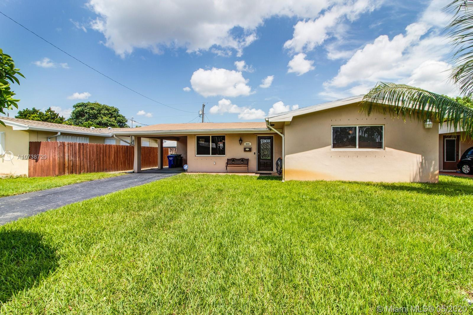 8231 NW 12th St  For Sale A10738720, FL