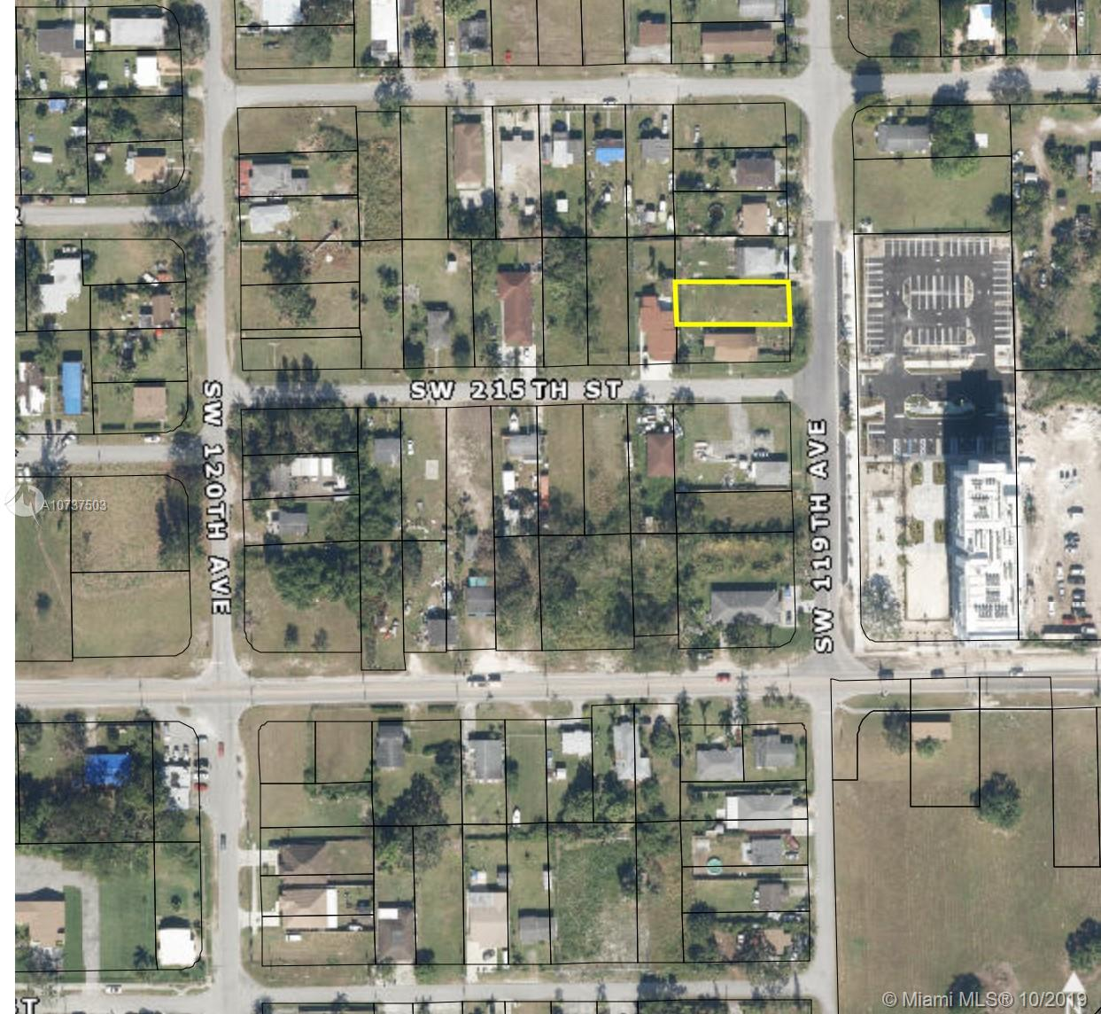 215 SW 119 Avenue  For Sale A10737503, FL