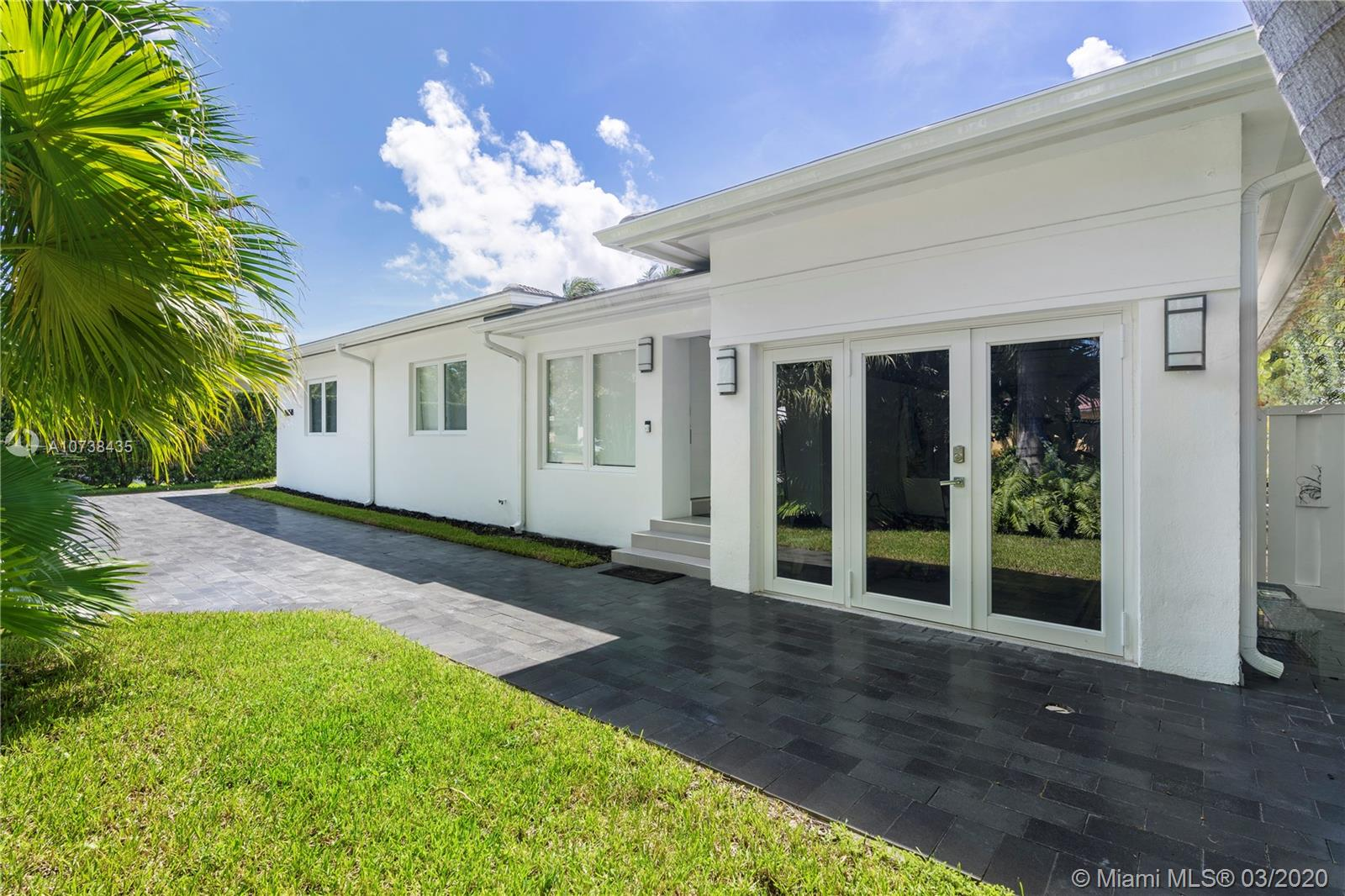 8858  Froude Ave  For Sale A10738435, FL