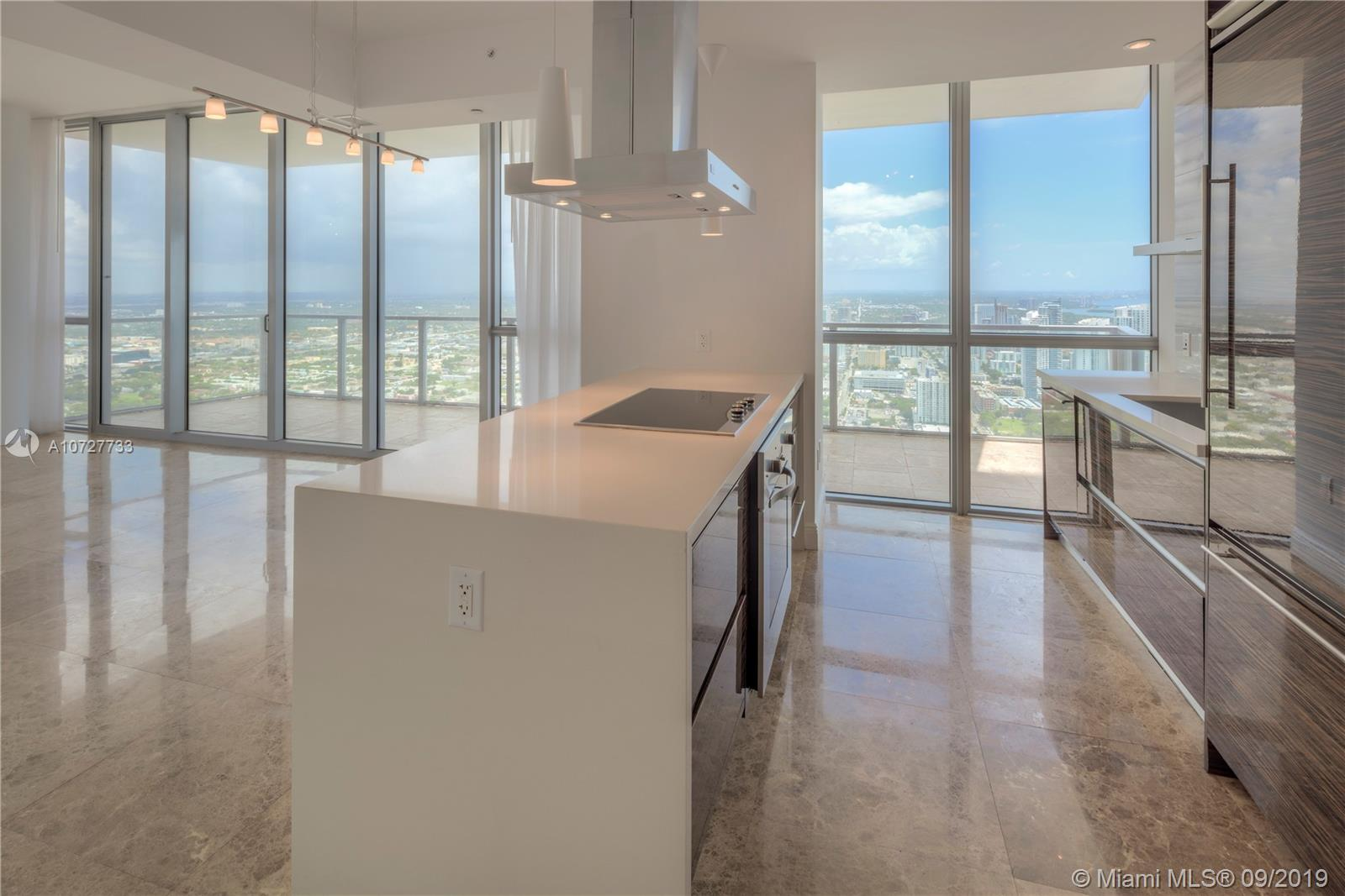 1100  BISCAYNE #3508 For Sale A10727733, FL