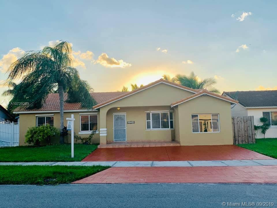 Beautiful Home with Salt Water Pool, 3/2 with shed paved concrete, water heater with gas. 2004 additional room as bedroom/family room. Great Neighborhood NO HOA NO CDD Easy to Show see broker REMARKS!