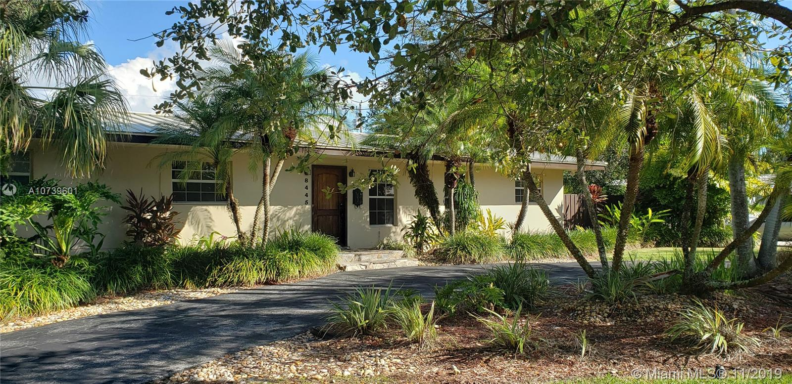 8445 SW 143rd St  For Sale A10739601, FL