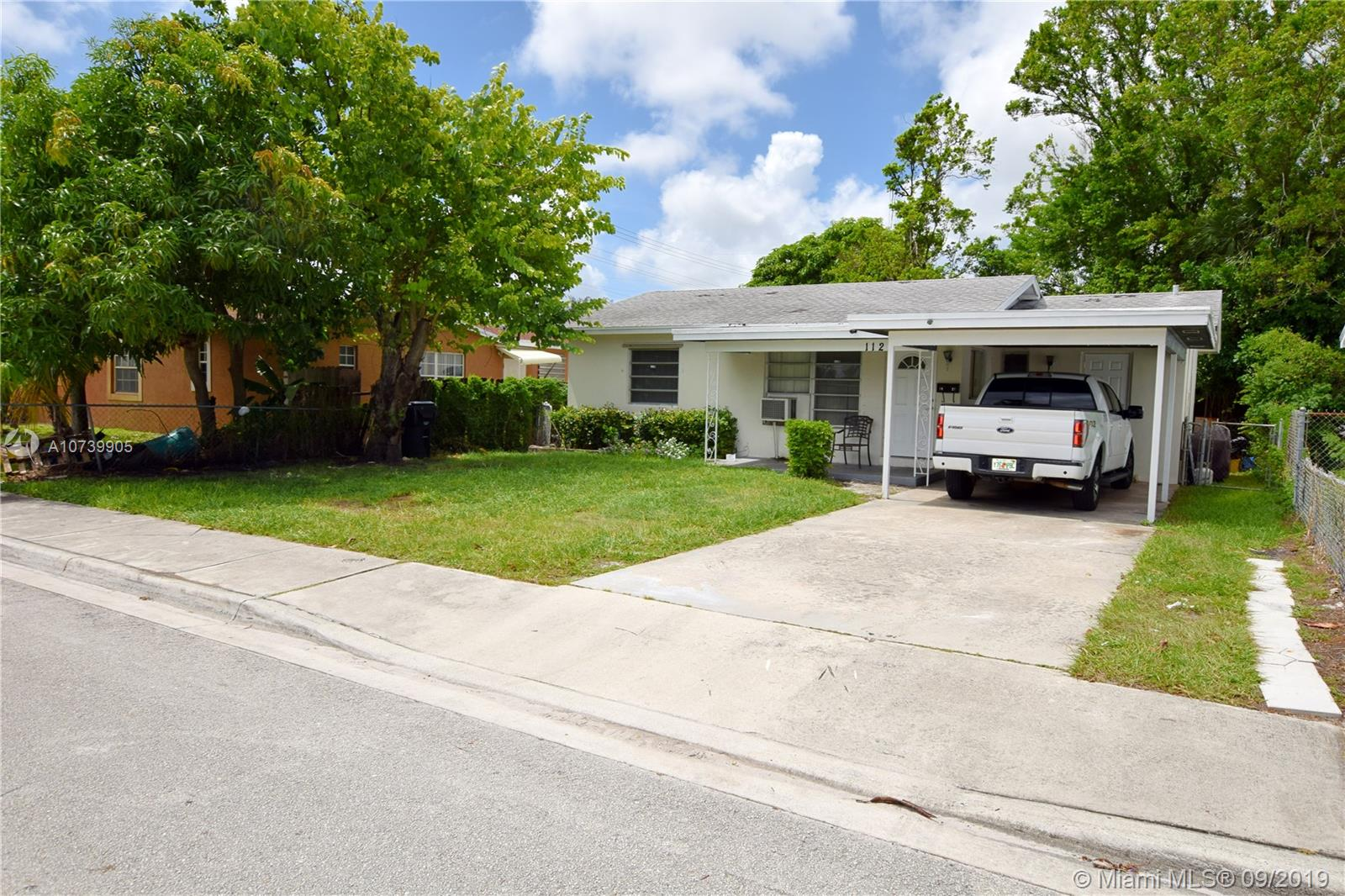 1121 S C St  For Sale A10739905, FL