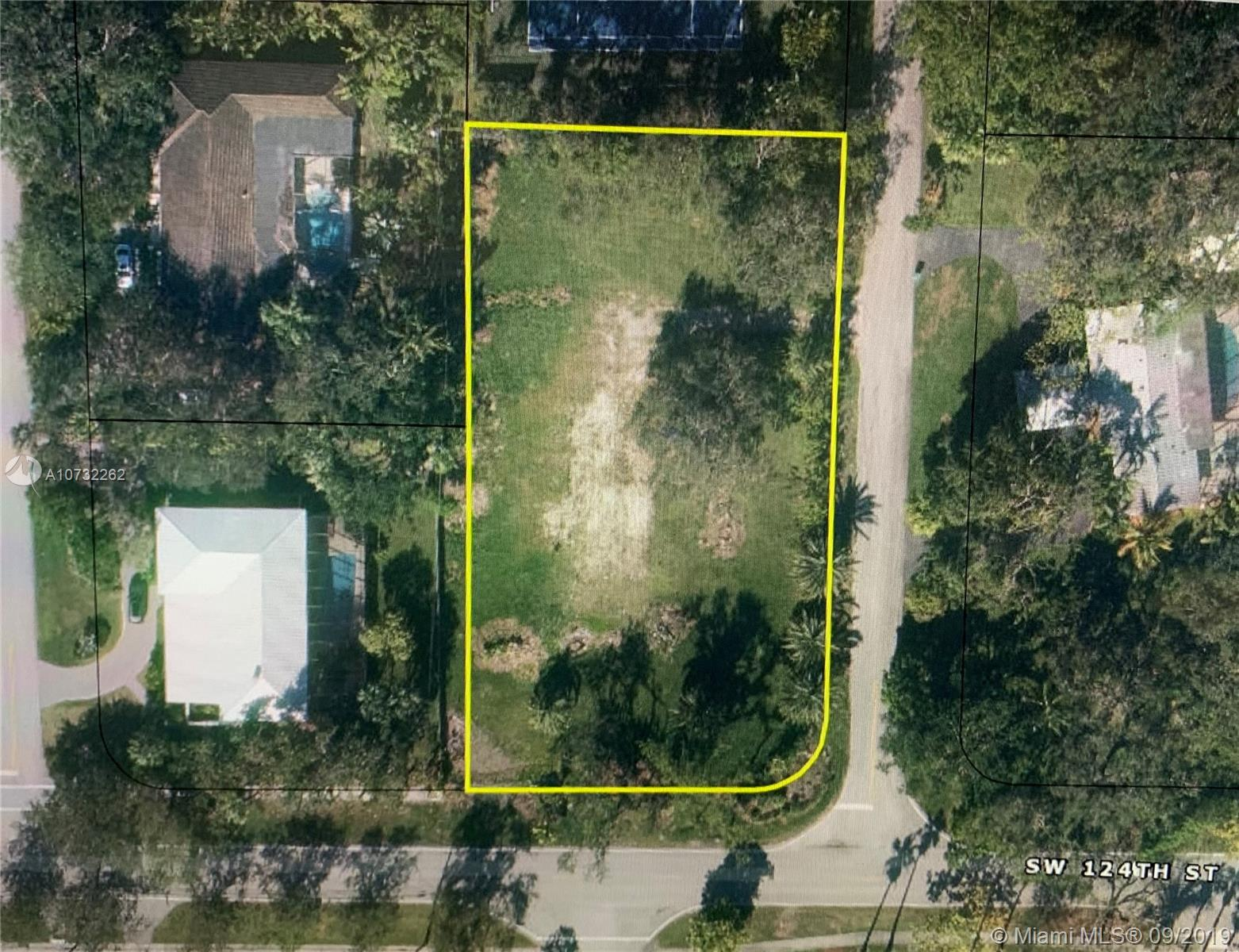 12300 SW 69th Ct  For Sale A10732262, FL