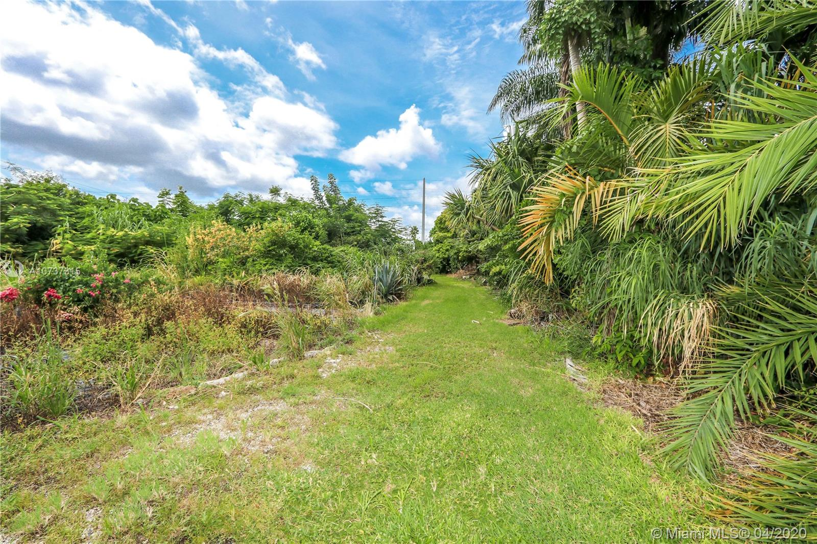 22351 SW 147th ave  For Sale A10737315, FL