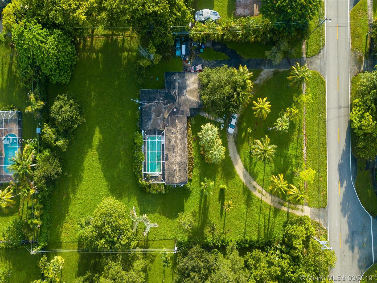 7425 SW 136th St  For Sale A10740567, FL