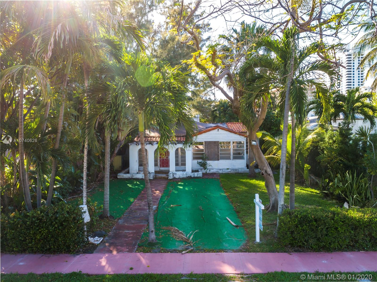 1226  Lenox Ave  For Sale A10740626, FL