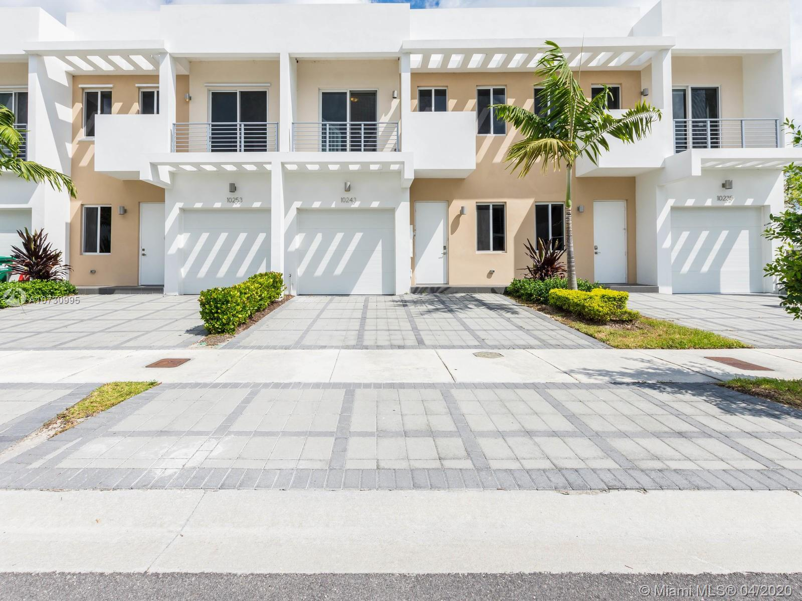 10243 NW 72nd St  For Sale A10730995, FL