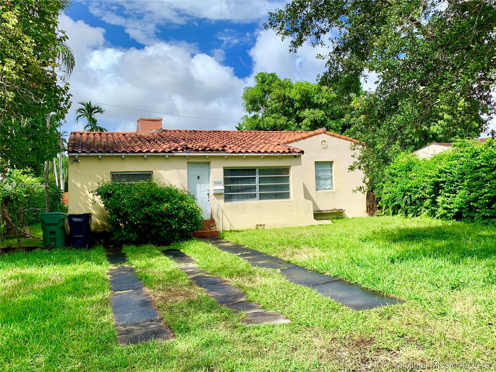 4381 SW 14th St  For Sale A10739564, FL