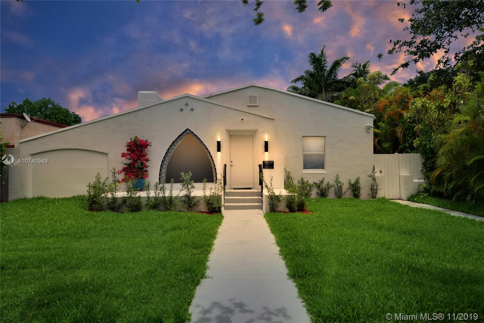 1384  Biarritz Dr  For Sale A10740949, FL
