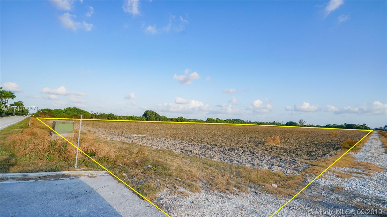 312 SW 142nd ave  For Sale A10740571, FL