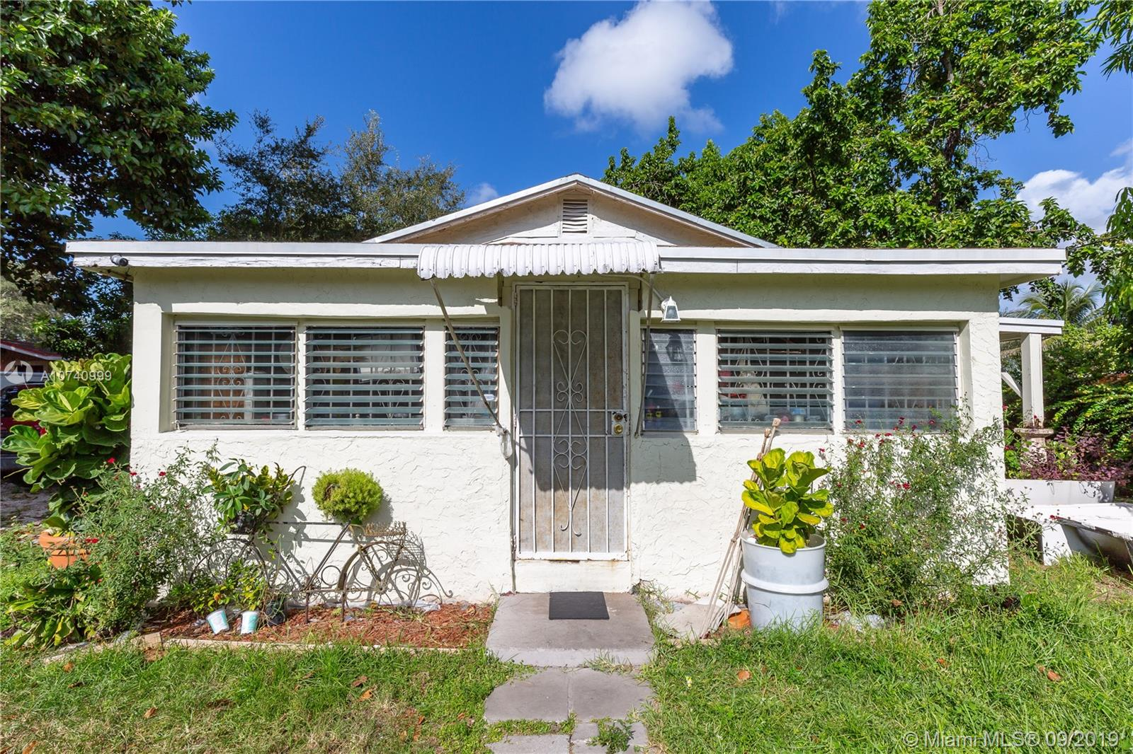 8016 NW 9th Ave  For Sale A10740999, FL