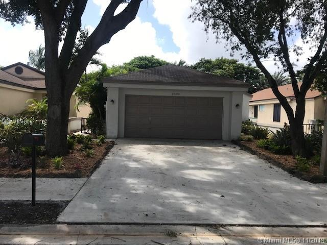 3730 NW 19th St  For Sale A10741101, FL