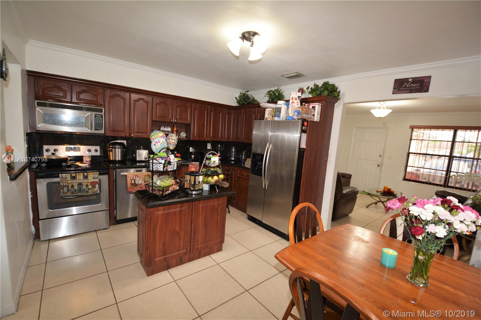 324 NW 43rd Pl  For Sale A10740798, FL