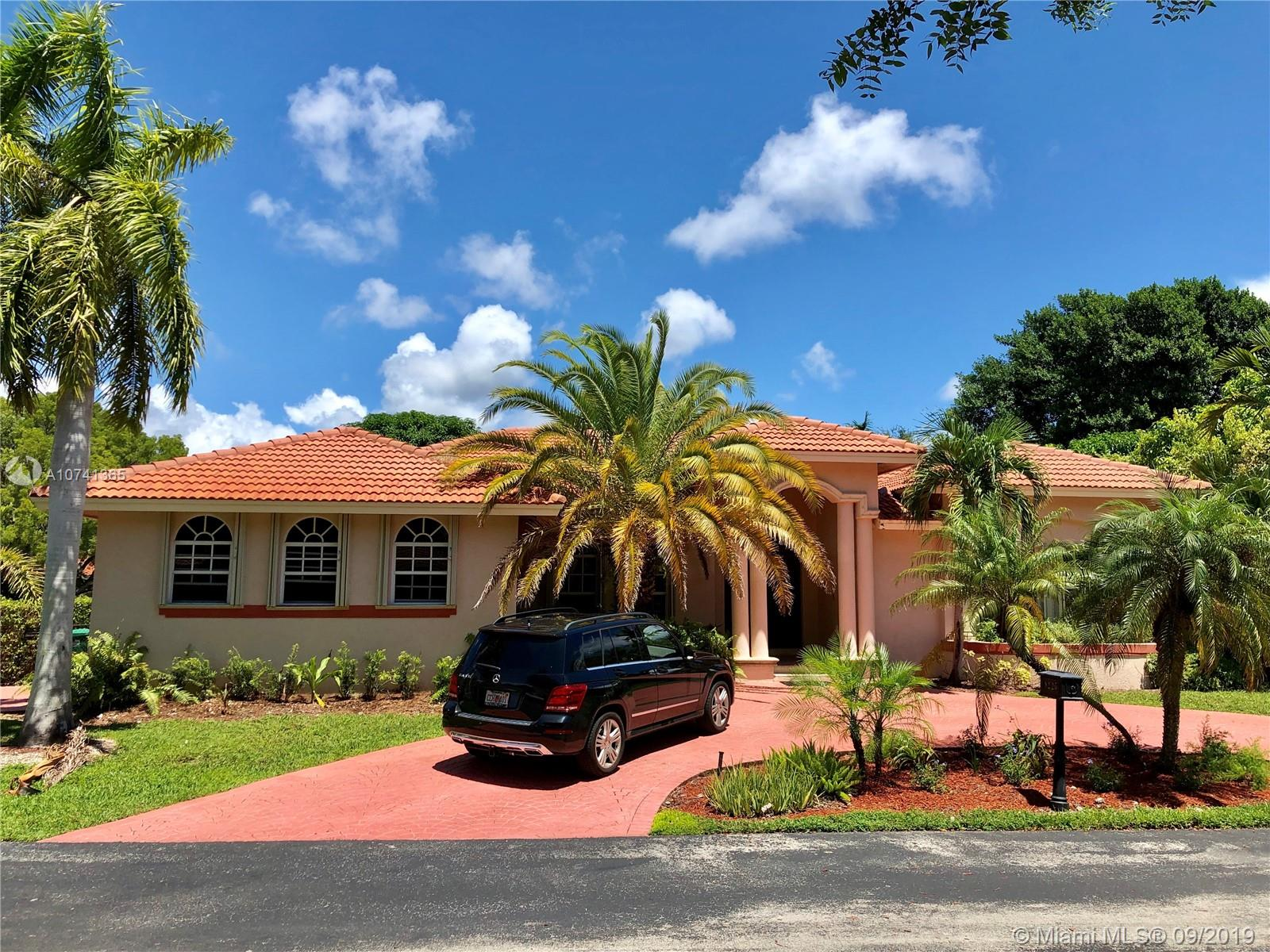 17117 SW 82nd Ct  For Sale A10741365, FL