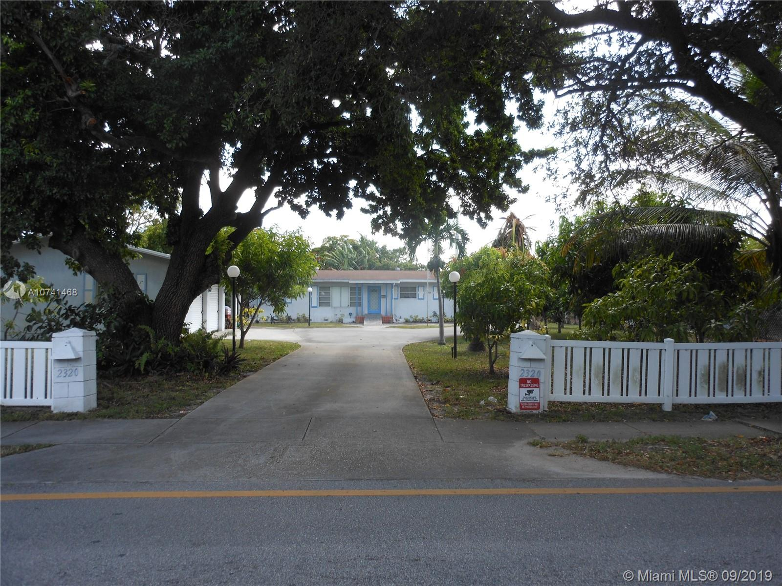 2320  Polk St  For Sale A10741468, FL