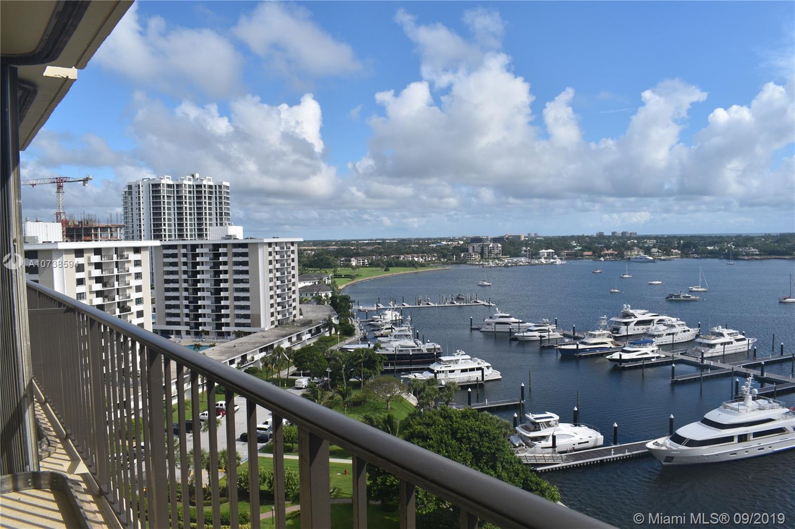 132 Lakeshore Dr. PH-17, North Palm Beach, FL 33408
