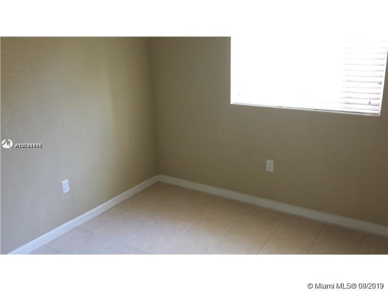 3680  Oak Ave #4 For Sale A10741575, FL