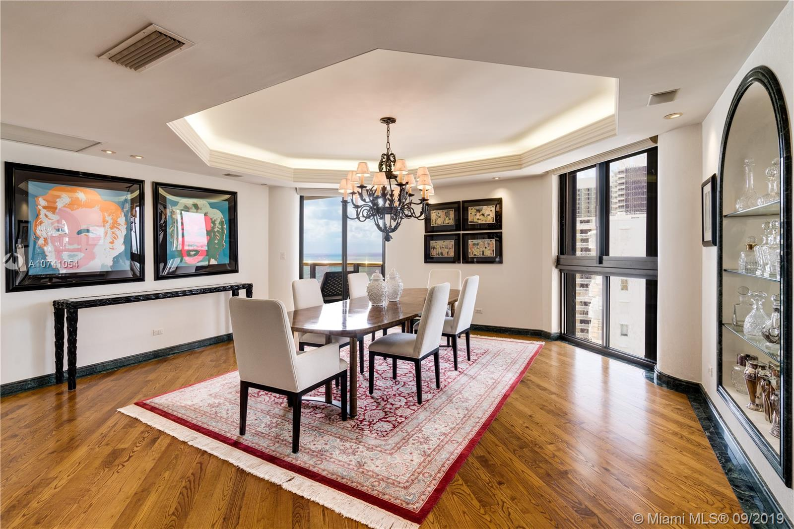 9999  Collins Ave   16K
