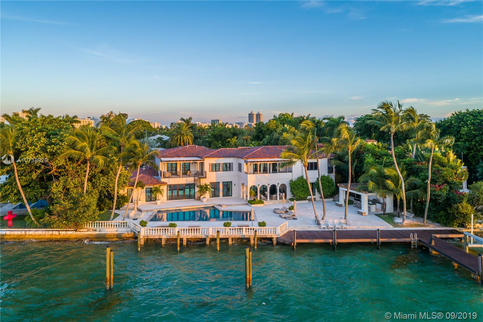 5980 N Bay Rd  For Sale A10738929, FL