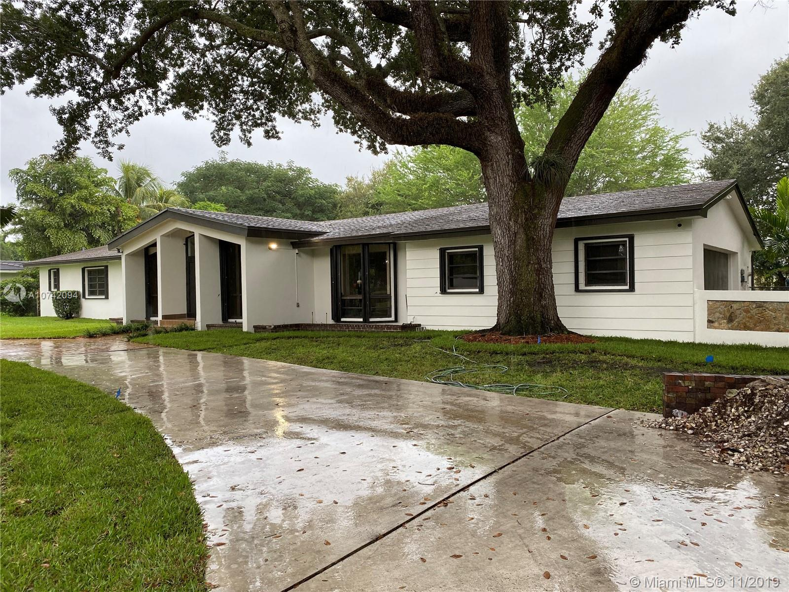 7440 S W 70th Ter  For Sale A10742094, FL